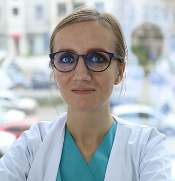 Dr. CORNEA DANIELA